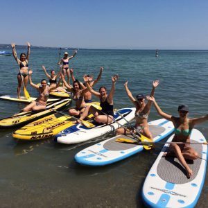 Gruppenevent beim Stand Up Paddleing